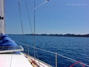 sailing along Dugi otok