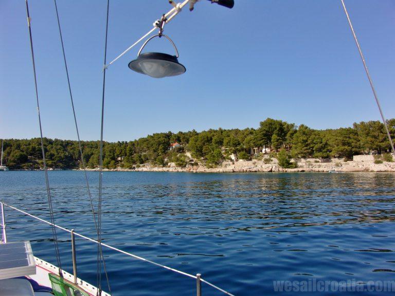 Lucice bay anchorage