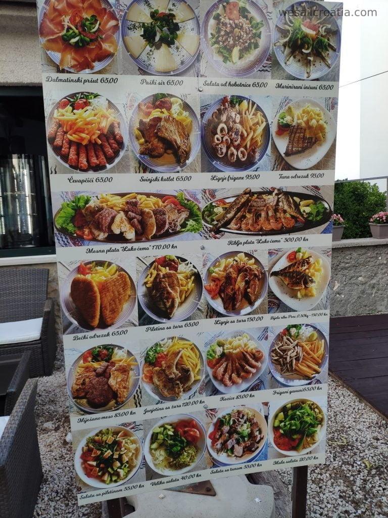 prices in restaurant on island Ist